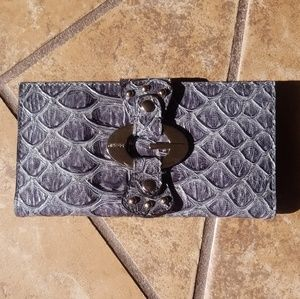 NWOT Vintage Guess Faux Snakeskin Clutch Wallet